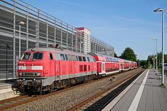 P1860418 (Lumixfan68) Tags: eisenbahn züge loks baureihe 218 dieselloks deutsche bahn db regio doppelstockzüge