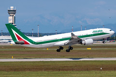 Alitalia Airbus A330-200 EI-EJO | Milano - Malpensa (MXP-LIMC) | 31st May 2019 (Brando Magnani) Tags:
