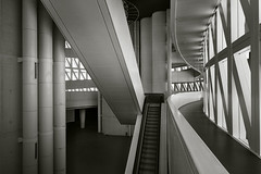 TORRE DEL AGUA (a-r-g-u-s) Tags: expozaragoza torredelagua ricardodeteresa escaleras stairs fujifilmxpro2