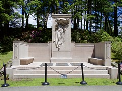 2019.06.06-12.36.14 (Pak T) Tags: asamelvin bronzetablet brothers cemetery civilwar concord danielchesterfrench graveyard jamescmelvin johnmelvin marble massachusetts melvin melvinmemorial memorial mourningvictory samuelmelvin sculpture sleepyhollowcemetery warmonument