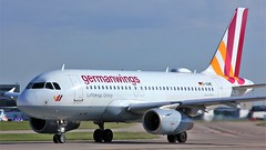 D-AGWE (AnDyMHoLdEn) Tags: germanwings a319 lufthansagroup staralliance egcc airport manchester manchesterairport 23l