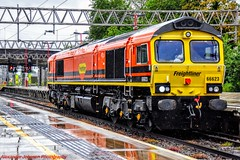 66623 @ Stafford (A J transport) Tags: class66 66623 diesel locomotive freightliner genesse wyoming orange lightengine wcml