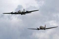 1363 Sally B & Dakota (photozone72) Tags: dunsfold dunsfoldpark wingswheels warbirds wwii aviation aircraft airshows airshow canon canon100400f4556lii canon7dmk2 7dmk2 dakota sallyb b17 b17bomber flyingfortress