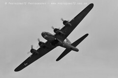 1375 sally B (photozone72) Tags: dunsfold dunsfoldpark wingswheels warbirds wwii aviation aircraft airshows airshow canon canon100400f4556lii canon7dmk2 7dmk2 sallyb b17 b17bomber flyingfortress