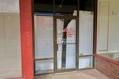 Waters Furniture, Vandalia, MO (Robby Virus) Tags: vandalia missouri mo waters furniture closed business 1892 2018 sign signage door doors entrance