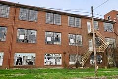Ely Walker Garment Factory, Vandalia, MO (Robby Virus) Tags: vandalia missouri mo ely walker dress garment factory abandoned building industry industrial closed