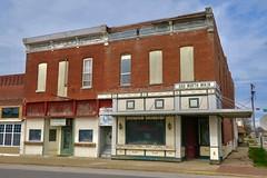 200 North Main, Vandalia, MO (Robby Virus) Tags: vandalia missouri mo 200 north main street unoccupied building architecture commercial block downtown