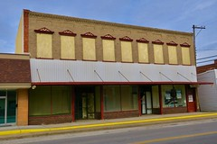 Waters Furniture, Vandalia, MO (Robby Virus) Tags: vandalia missouri mo waters furniture closed business 1892 2018 building architecture commercial block