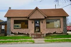 Betty Davis Insurance Agency, Vandalia, MO (Robby Virus) Tags: vandalia missouri mo betty davis insurance agency building office closed eggs