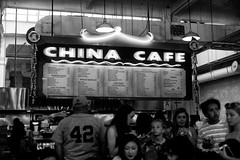 China Cafe (ROSS HONG KONG) Tags: china cafe chinacafe food restaurant stall grandcentralmarket market la losangeles black white blackandwhite bw noir blanc monochrom monochrome leica noctilux 50mm 095