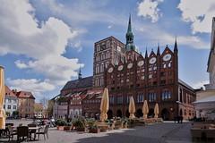 Stralsund, Marktplatz (julia_HalleFotoFan) Tags: stralsund strelasund mecklenburgvorpommern ostsee balticsea marktplatz rathaus