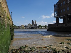 Greenwich Power Station (davepickettphotographer) Tags: dock walkway walk footpath thamespath powerstation london city city's riverthames thames river station power greenwich