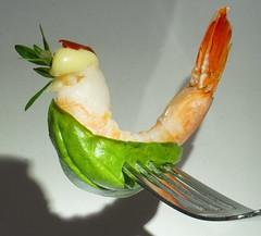 MM Horsd`oeuvre (renate-franzen) Tags: macromondays stylingfoodonafork shrimps reflection fork