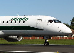 EI-RNE Embraer 190STD Alitalia (Keith B Pics) Tags: eirne embraer emb190 alitalia cityliner keithbpics sen londonsouthendairport egmc lcy diversion pttui erj190 az8007 milan lin