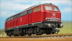 Diesellok 218 299-6 (hans der insulaner) Tags: modellbahn h0 187 lokomotive diesellokomotive diesellok lok fleischmann canon macro makro stacking focusbracketing canoneosr