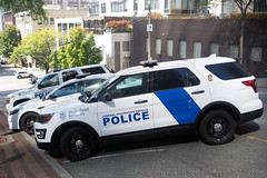 Federal Protective Service (Martijn Groen) Tags: seattle washington unitedstates usa 2018 september police lawenforcement federalpolice ford fordpoliceinterceptor policeinterceptor utility explorer fordexplorer emergency policevehicle vehicle suv policesuv