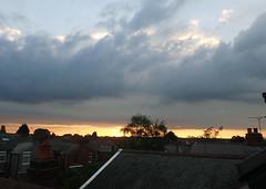 2019_06_190008 (Gwydion M. Williams) Tags: sunset coventry britain greatbritain uk england warwickshire westmidlands chapelfields sirthomaswhitesroad