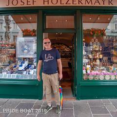 schwule Stadtführung Salzburg Juni 2019 (gallery360.at) Tags: tagbedeckt gay gayboat stadtführung sommer salzburg vienna