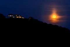ストロベリームーン昇ったー  The strawberry moon rose (kurumaebi) Tags: yamaguchi 秋穂 山口市 nikon d750 nature landscape 月 moon sky moonpillar 月柱