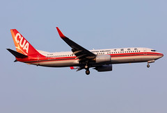 B-1426 China United B738 (twomphotos) Tags: plane spotting sha zsss evening landing rwy18l china united airlines boeing b738 sunset