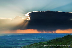 Solar Flares (Gary Grossman) Tags: thunderstorm thunderhead nimbus shower rain palouse hills steptoe landscape rays sun northwest washington spring may sundown sunset butte slopes nature rural pastoral scenic garygrossman garygrossmanphotography pacificnorthwest steptoebutte landscapephotography naturephotography