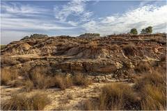 Desiertos de Aragón (Fernando Forniés Gracia) Tags: españa aragón huesca jubierre desierto paisaje naturaleza landscape cielo nubes