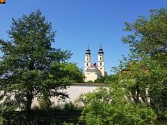 """Klosterkirche Rot an der Rot (warata) Tags: 2019 deutschland germany süddeutschland southerngermany schwaben swabia oberschwaben upperswabia schwäbischesoberland """"badenwürttemberg"""" badenwuerttemberg kirche kloster """"rot an der rot"""" """"samsung galaxy note 8"""""""
