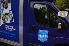 Tour de Yorkshire 2019 Stage 4 Caravan (198) (rs1979) Tags: tourdeyorkshire yorkshire cyclerace cycling publicitycaravan caravan yorkshirebankbikelibraries tourdeyorkshire2019 tourdeyorkshire2019stage4 stage4 tourdeyorkshirecaravan leeds westyorkshire theheadrow headrow westgate