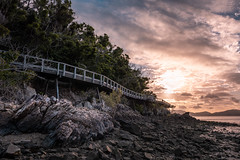 the abandoned pier (Rafael Zenon Wagner) Tags: australien korallenmeer paradies strand sonne sonnenuntergang ozean spiegelung paradise beach sun sunset licht light australia queensland insel coralsea longisland whitsundayislands nikon d810 28mm pier lonely einsam