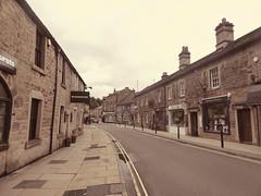 Bridge Street, Bakewell, June 2019 (dave_attrill) Tags: bridgestreet street shops cafes town centre bakewell peakdistrict nationalpark derbyshire june 2019 olddays tint may
