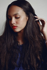 Jei, 2017 (TheJennire) Tags: photography fotografia foto photo canon camera camara colours colores cores light luz young tumblr indie teen adolescentcontent longhair makeup teenmodel 2017 sp sãopaulo brasil brazil closeup