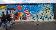 Berlín_0737 (Joanbrebo) Tags: eastsidegallery kreuzberg berlin de deutschland pintadas murales murals grafitis streetart canoneos80d eosd autofocus