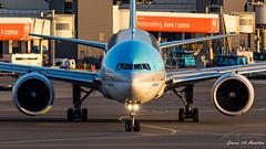 Korean B777 (Ramon Kok) Tags: 50thanniversary 777 777300er 77w ams avgeek avporn aircraft airline airlines airplane airport airways amsterdam amsterdamairportschiphol aviation boeing boeing777 boeing777300er eham hl8009 holland kal ke koreanair koreanairlines schiphol schipholairport thenetherlands luchthavenschiphol noordholland nederland