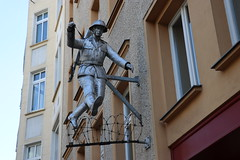 Escape (steve_whitmarsh) Tags: berlin germany wall painting graffiti building architecture statue sign street city urban topic