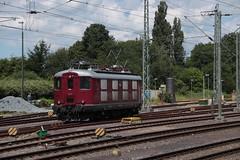 Centralbahn 10019 te Emden (vos.nathan) Tags: sbb re44 schweizerische bundesbahnen chemins de fer fédéraux suisses cff ferrovie federali svizzere ffs emden hbf hauptbahnhof