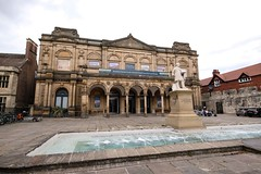 York Art Gallery, June 2019 - 6 (nican45) Tags: sculpture 1024 artgallery wideangle yorkshire exhibitionsquare fountain water 09062019 june fujifilm xt2 2019 york mirrorless 1024mm 9june2019 csc fuji fujinon xf1024mmf4rois england unitedkingdom