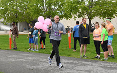 Pink Balloons (Anthony Mark Images) Tags: ottawa ontario canada 10kcharityrelayrace greatsweatshirt blacktrackpants runningshoes running shavedhead male beard baton pinkballoons smile people portrait nikon d850 flickrclickx