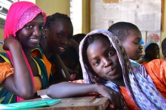 Senegal- Mbour (venturidonatella) Tags: senegal mbour africa colori colors nikon nikond500 d500 persone people gentes gentestudent students studenti studente alunno alunni ragazze girls volto volti face faces ritratto ritratti portrait portraits sguardo look looks sguardi sorriso smile