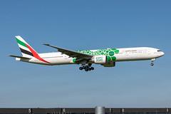 A6-EPI Emirates Boeing 777-31H(ER) (buchroeder.paul) Tags: eham ams amsterdam schiphol the netherlands europe final a6epi emirates boeing 77731her