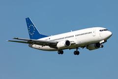 LZ-BOT Bul Air Boeing 737-322 (buchroeder.paul) Tags: eham ams amsterdam schiphol the netherlands europe final lzbot bul air boeing 737322