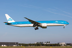 PH-BVS KLM Royal Dutch Airlines Boeing 777-306(ER) (buchroeder.paul) Tags: eham ams amsterdam schiphol the netherlands europe final phbvs klm royal dutch airlines boeing 777306er