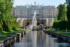 St. Petersburg (stefan_fotos) Tags: architektur europa landschaft park peterhof qf russland schloss stpetersburg urlaub hq russia europe russian federation palace garden fountain