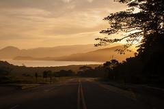 Look ahead (Klauss Egon) Tags: ubatuba sun sunset road canon