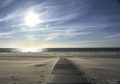 Sky Above.. Sand Below.. Peace Within (barbara_donders) Tags: natuur nature landschap landscape zee sea strand texel mooi prachtig beautiful beach magisch magical dof sky lucht wolken clouds sunset zonsondergang