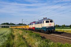 "[DE] Haste, 24.06.2019 - 218 472 ""DB + 217 002 ""DB"" mit Aushubzug (Frederik L.) Tags: db bahn zug eisenbahn cargo lok lokomotive baureihe 218 v160 bauzug bahnhof haste privatbahn wunstorf bahnsteig"