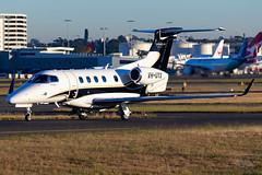 VH-UYX Embraer 505 Phenom 300E 34R YSSY-9286 (A u s s i e P o m m) Tags: australia mascot newsouthwales syd sydneyairport embraer yssy bizjets embraer505phenom300e