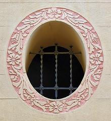 Barcelona - Masnou 024 c (Arnim Schulz) Tags: modernisme barcelona artnouveau stilefloreale jugendstil cataluña catalunya catalonia katalonien arquitectura architecture architektur spanien spain espagne españa espanya belleepoque window fenster ventana finestra fenêtre art arte kunst baukunst modernismo gaudí liberty ornament ornamento