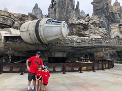 "Millenium Falcon: Smuggler's Run Ride • <a style=""font-size:0.8em;"" href=""http://www.flickr.com/photos/109120354@N07/48123181642/"" target=""_blank"">View on Flickr</a>"