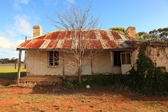 Padthaway Heritage Cottage (Darren Schiller) Tags: padthaway southaustralia abandoned australia architecture building corrugatediron derelict disused decaying deserted dilapidated decay empty farmhouse galvanisediron history heritage house cottage iron old rural rustic rusty ruin smalltown tin verandah