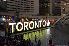 Toronto at Night (cotton.candy581) Tags: cof068 challengeonflickr citynights toronto cityhall cof068mvfs cof068dmnq cof068uki cof068patr cof068mari cof068mark